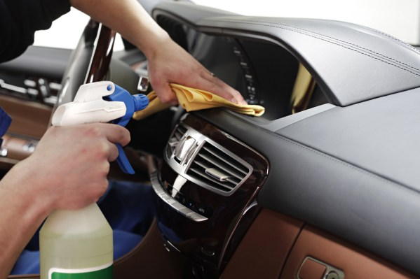 110715064517car-interior-cleaning-44